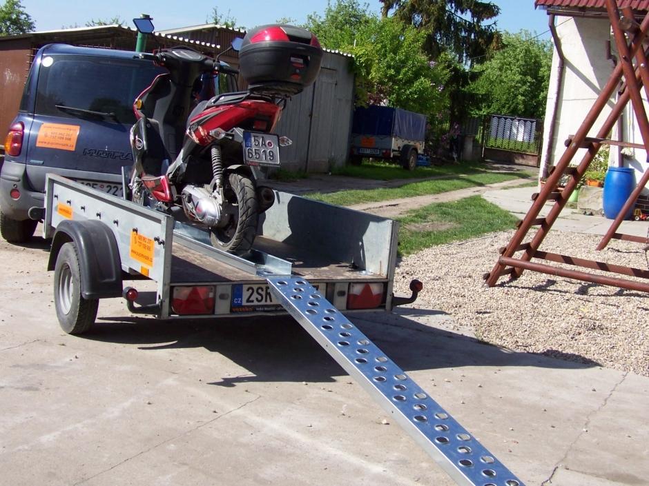 Nebrzděný přívěsný vozík pro převoz motocyklu - Otík, max. do 620kg